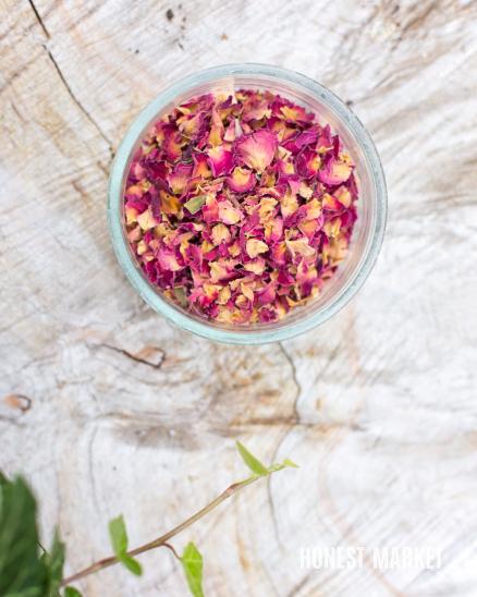 Sušené květy růží 5g
